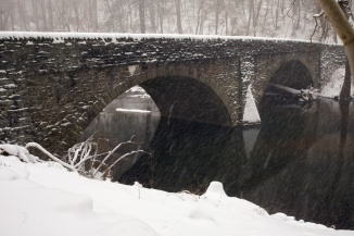 wissahickon_snow_mtairybridge